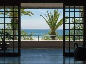 玄関から即砂浜です